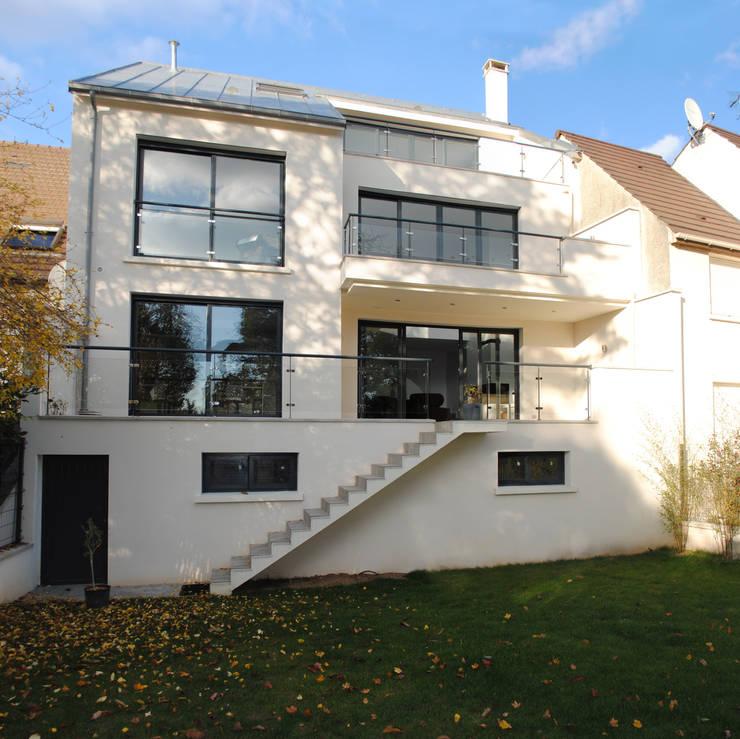 Maison Chatenay-Malabry: Maisons de style  par Daniel architectes