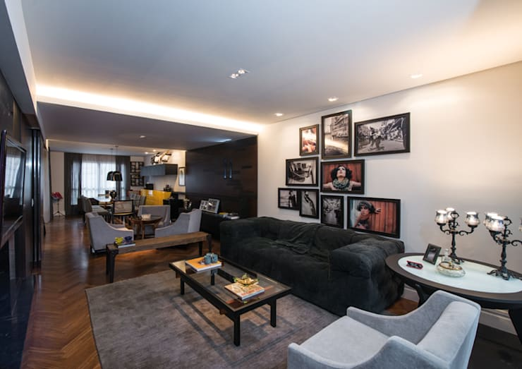 Sala de Estar : Salas de estar  por Studio Leonardo Muller