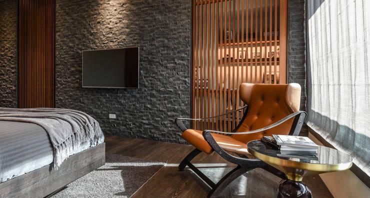 Habitaciones de estilo  por CJ INTERIOR 長景國際設計