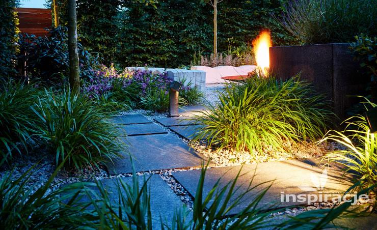 Jardines de estilo  por Studio architektury krajobrazu INSPIRACJE