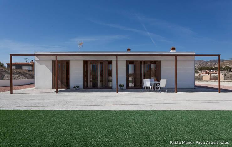 Casas modernas por Pablo Muñoz Payá Arquitectos