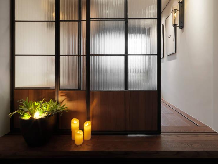 Bedroom by DYD INTERIOR大漾帝國際室內裝修有限公司, Asian