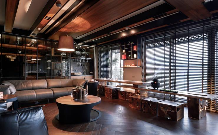 غرفة المعيشة تنفيذ DYD INTERIOR大漾帝國際室內裝修有限公司