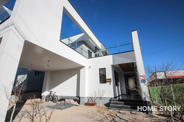 [포항주택]  도심 속 모던 ALC주택, 포항 테라스 하우스 Terrace House: (주)홈스토리의  주택