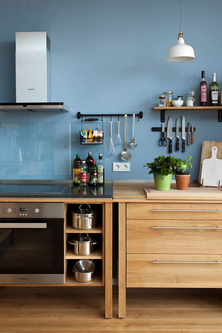 Kitchen by Adeline Labord Interiors