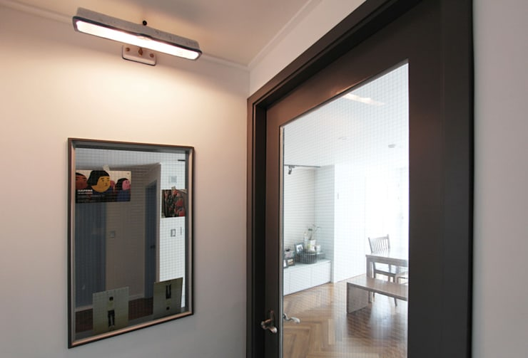 목동 아파트 인테리어: 디자인 스튜디오 파브의  창문