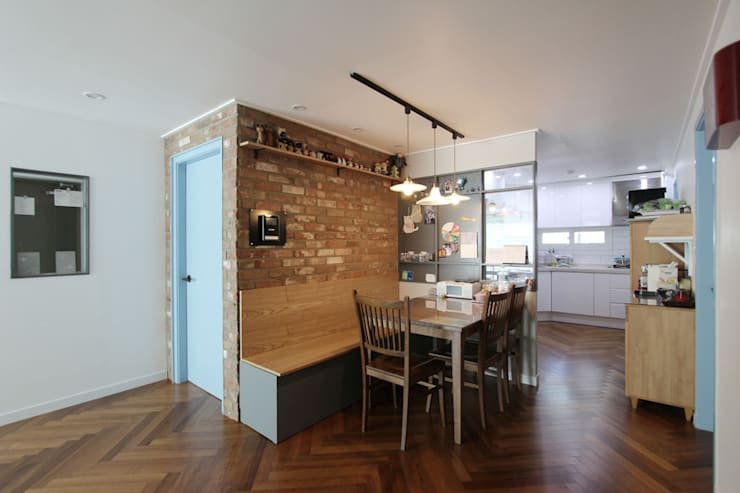 목동 아파트 인테리어: 디자인 스튜디오 파브의  다이닝 룸