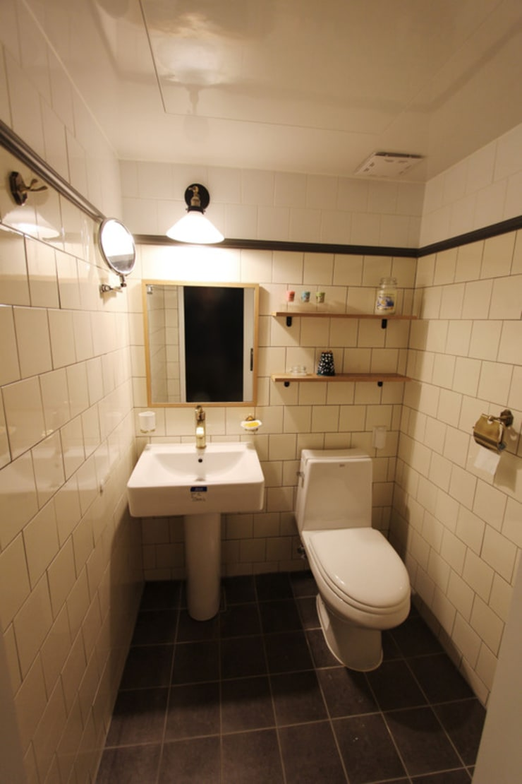 목동 아파트 인테리어: 디자인 스튜디오 파브의  욕실