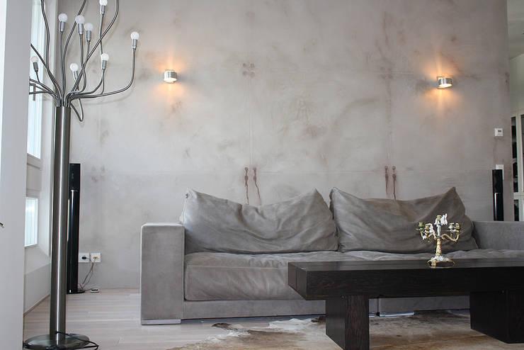ห้องนั่งเล่น by edelundstein GmbH