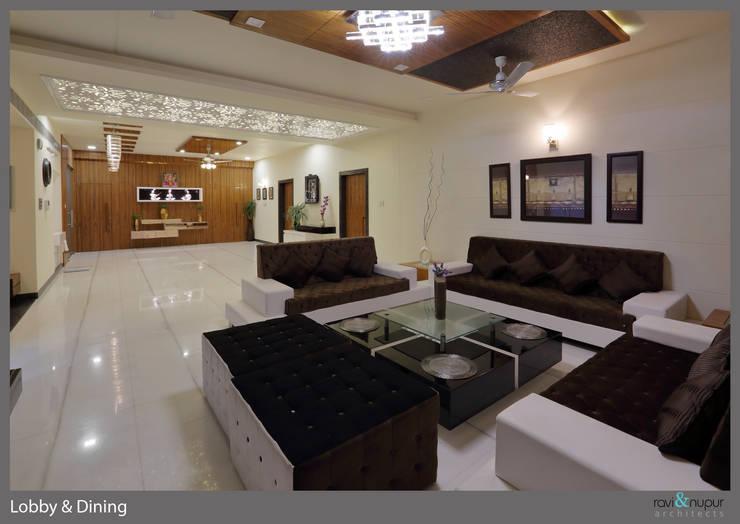 Three Storey Grand Residence @Paota,Jodhpur:  Living room by RAVI - NUPUR ARCHITECTS