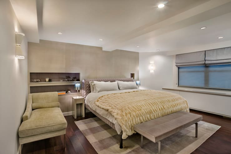 Laight Street Duplex:  Bedroom by Rodriguez Studio Architecture PC
