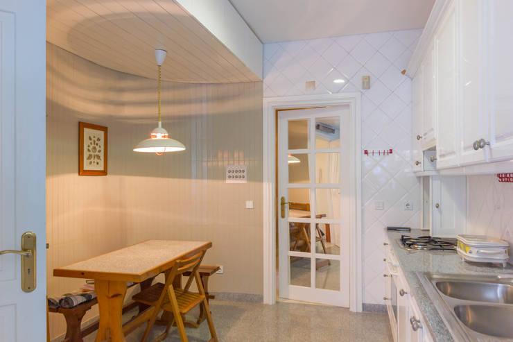 مطبخ تنفيذ Pedro Brás - Fotografia de Interiores e Arquitectura | Hotelaria | Imobiliárias | Comercial