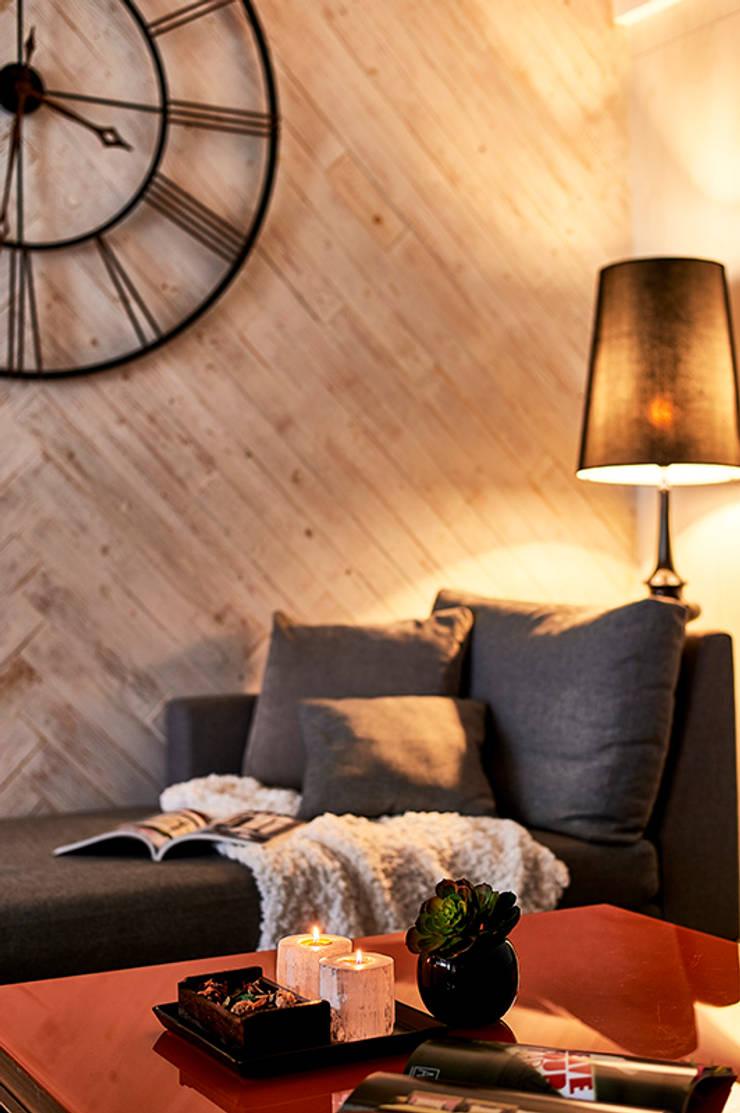 和平27:  牆面 by DYD INTERIOR大漾帝國際室內裝修有限公司