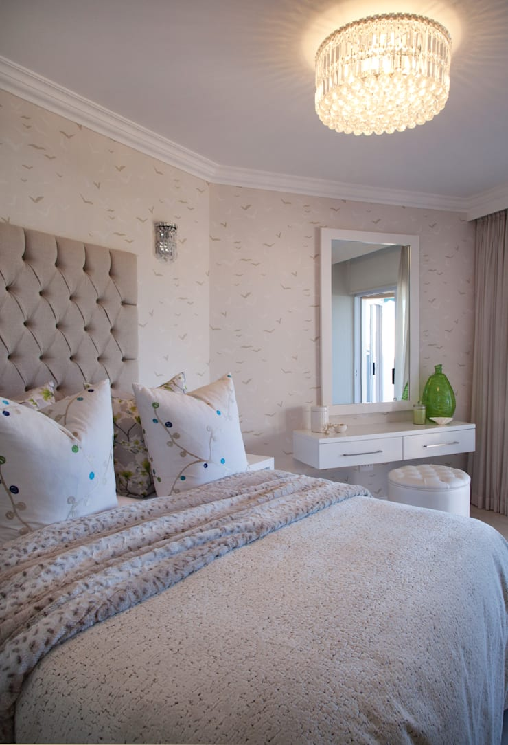 Project #:  Bedroom by Frans Alexander Interiors, Modern