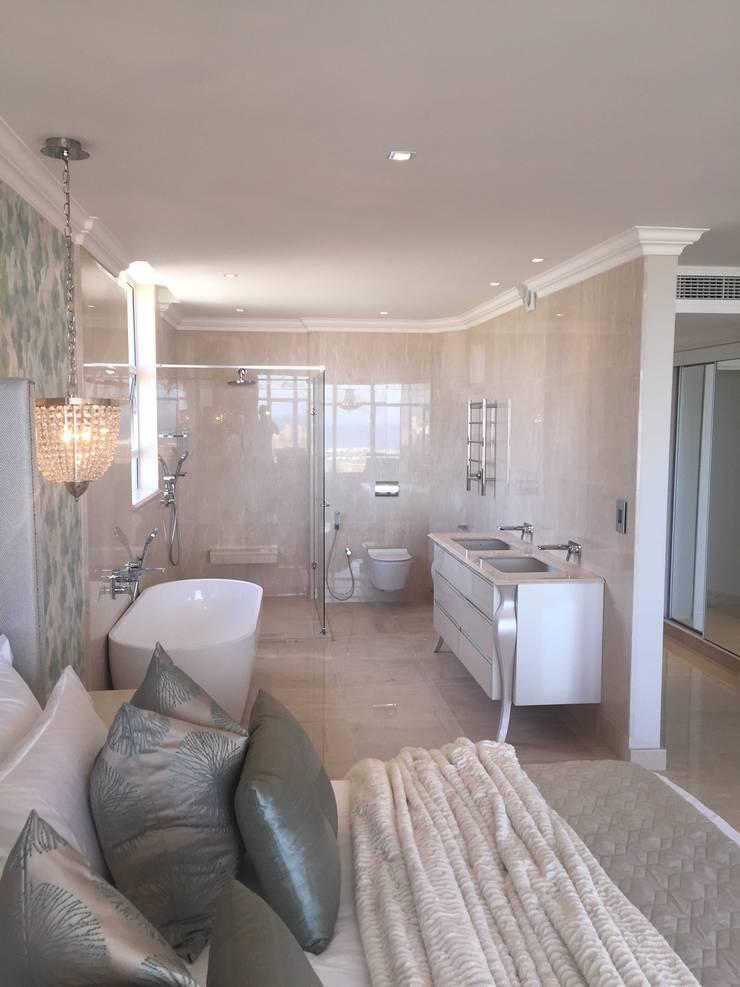 Project ^:  Bathroom by Frans Alexander Interiors, Modern