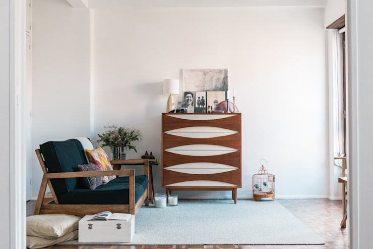 Sala de estar: Sala de estar  por Arkstudio