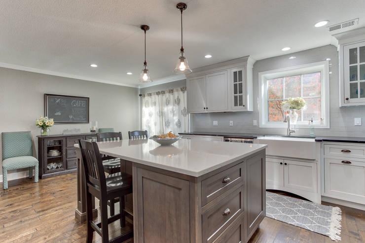 Cherry Creek Town Home : classic Kitchen by Studio Design LLC