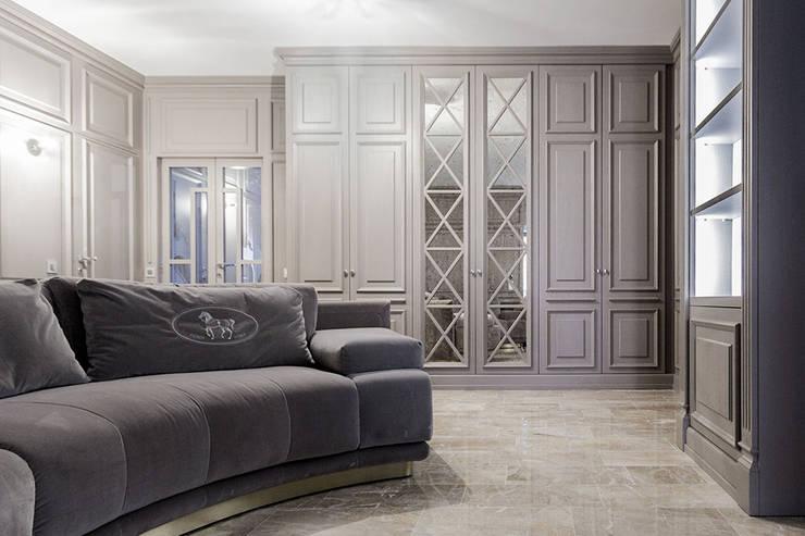 de estilo  por Galleria del Vento, Clásico Madera Acabado en madera
