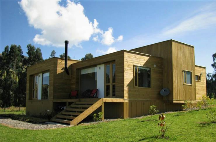 Casas de estilo  por Taller de Ensamble SAS