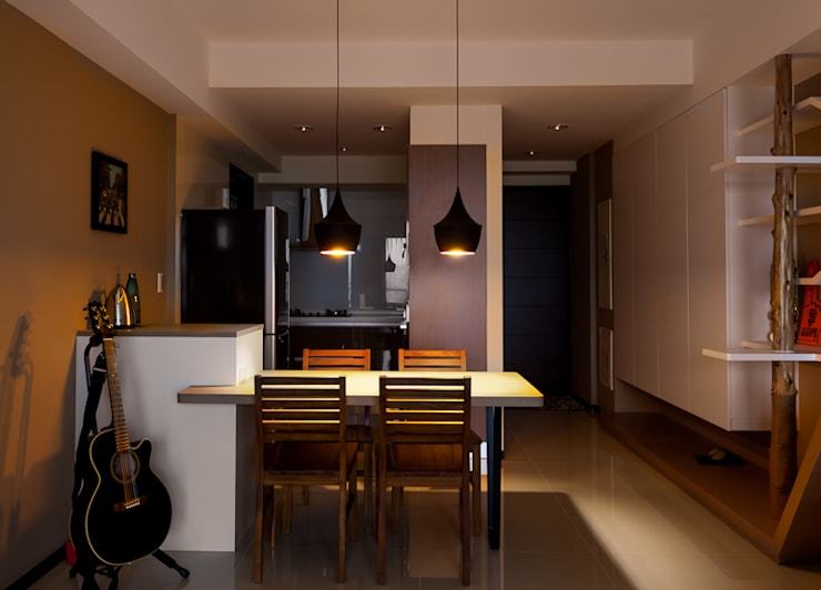 Dining room by 思維空間設計