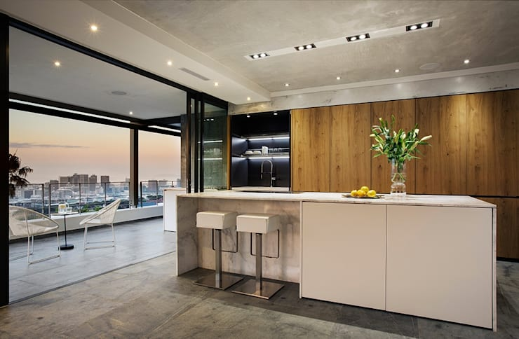 Exner Penthouse: modern Kitchen by 2MD Exclusive Italian Design