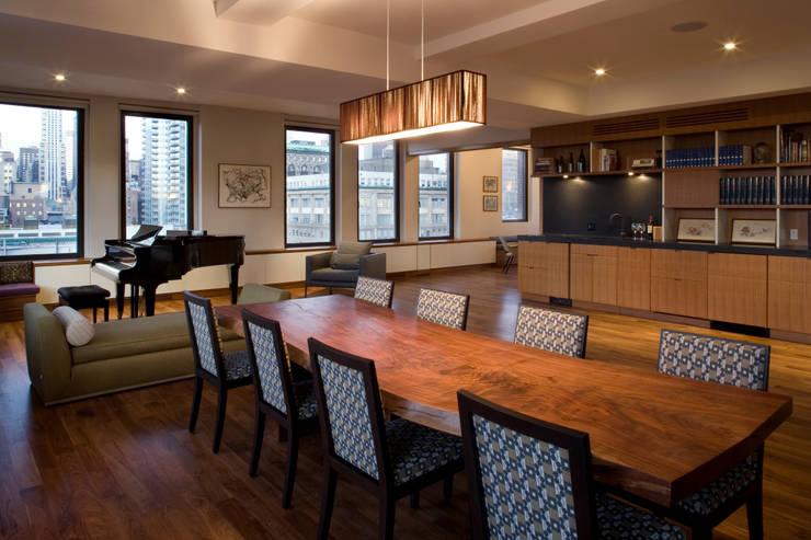 Empire State Loft, Koko Architecture + Design:  Dining room by Koko Architecture + Design