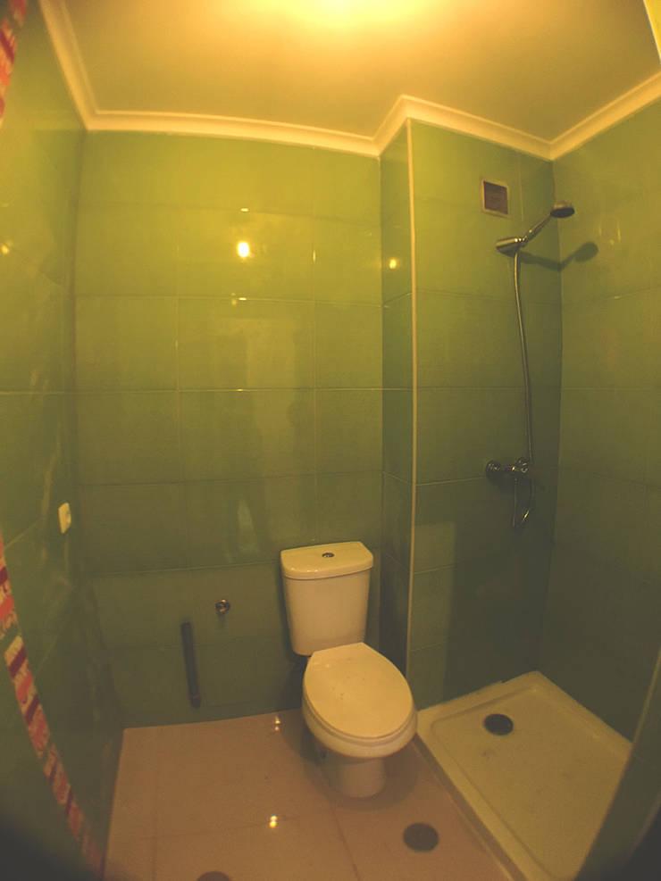 Casa de banho - Depois:   por HC Construções