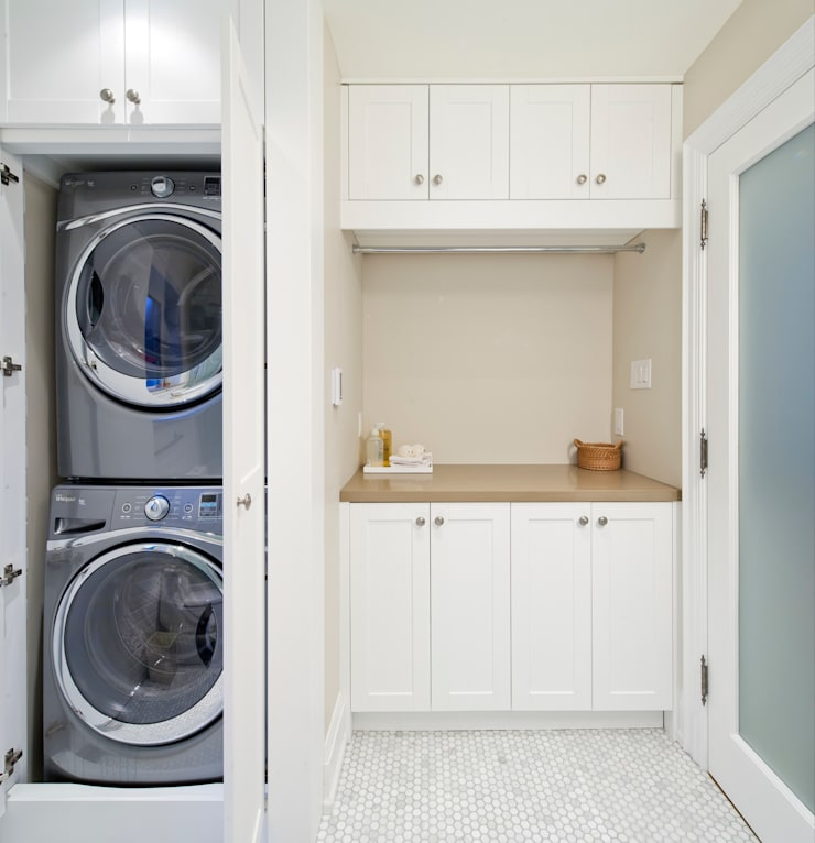 Laundry - Custom Cabinets :  Bathroom by STUDIO Z