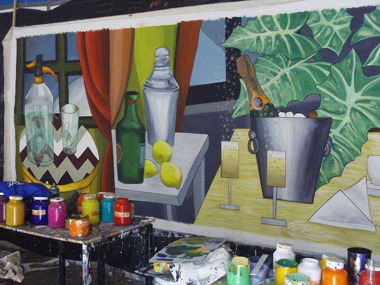 Mural en producción: Arte de estilo  por ANTAVIA WALL DECOR