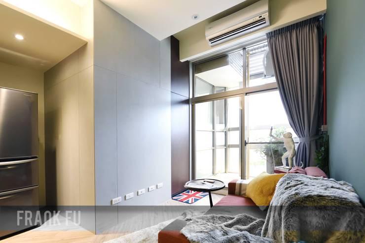 Ruang Keluarga by 中孚 設計 / FRANKFU INERIOR DESIGN