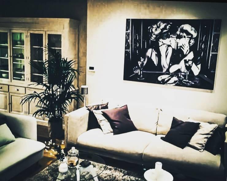 ☆  Living Room ☆:  Woonkamer door Styled And Sold Vastgoedstyling