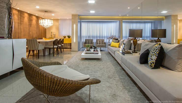 غرفة المعيشة تنفيذ Cris Nunes Arquiteta