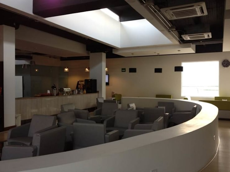 Sala de Espera VIP: Estudios y oficinas de estilo  por LNM Arquitectura & Diseño Interior