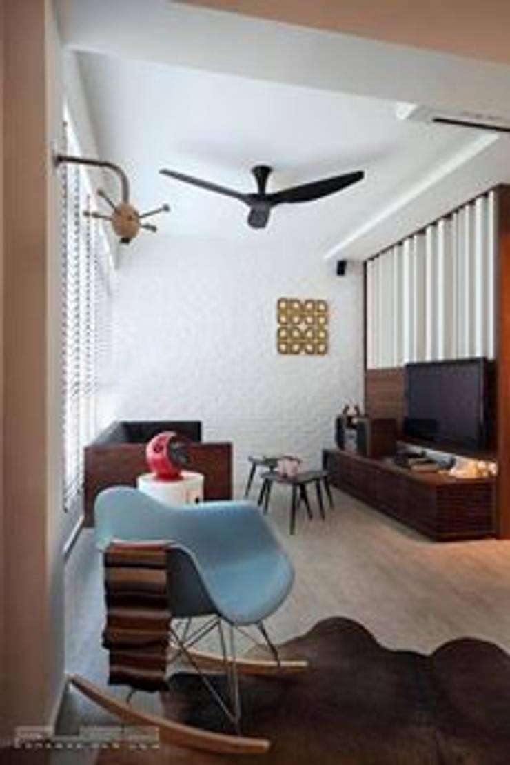 Living room by De Reno Hom
