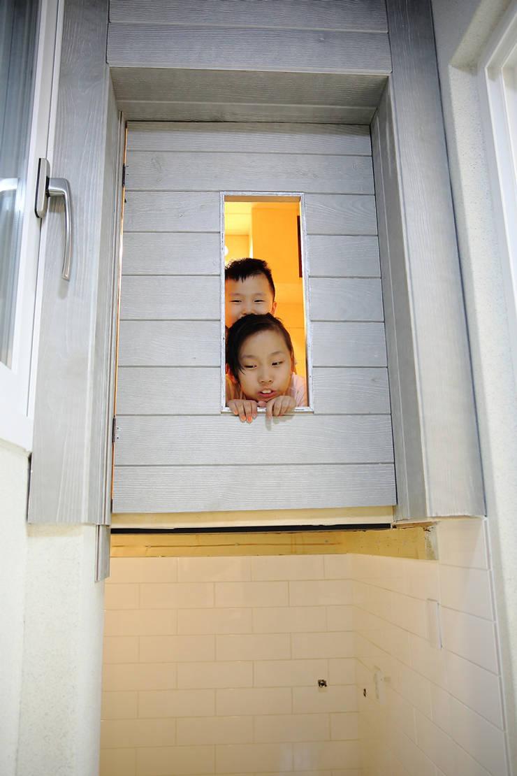 아지트: inark [인아크 건축 설계 디자인]의  방,