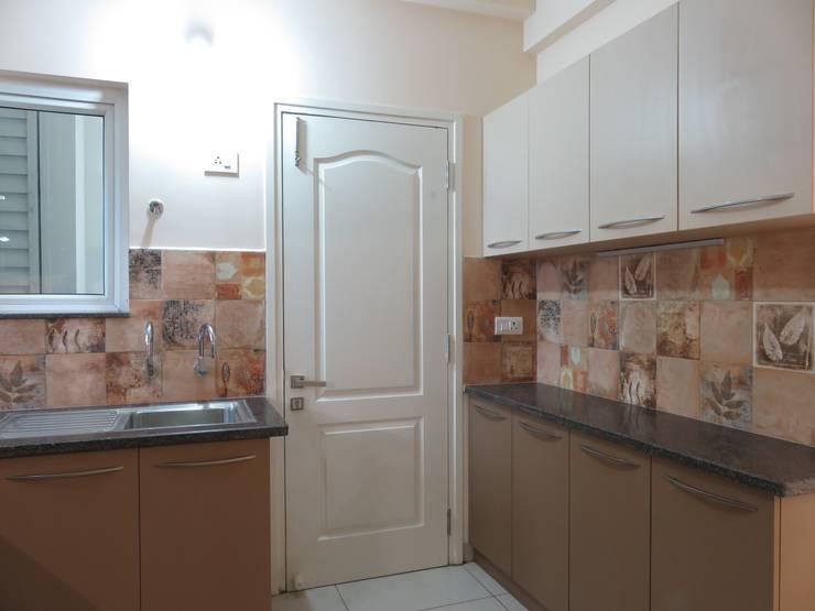 Кухни в . Автор – Bluebell Interiors, Модерн Фанера