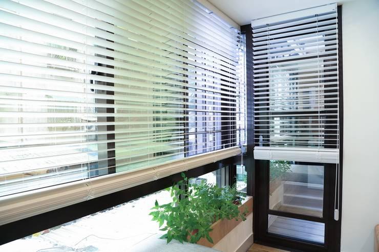 Patios & Decks by 微自然室內裝修設計有限公司
