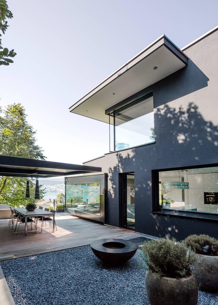 Terrazas de estilo  de meier architekten zürich, Moderno Madera Acabado en madera