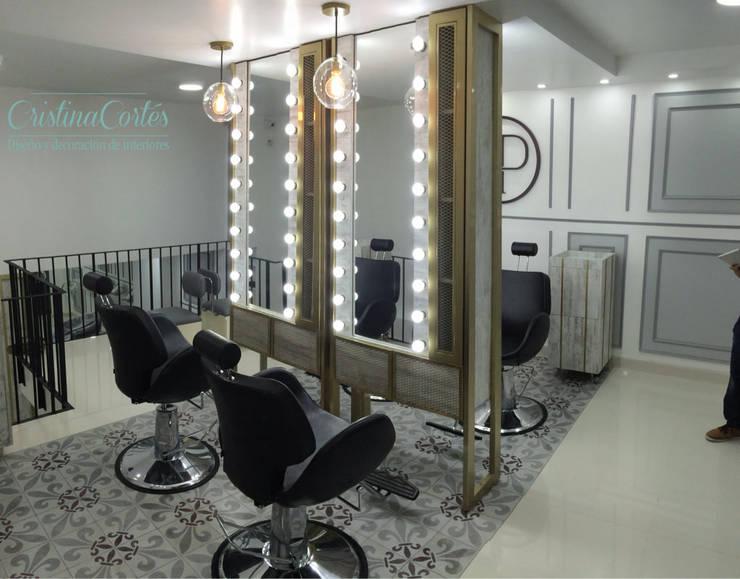 Area de maquillaje: Espacios comerciales de estilo  por Cristina Cortés Diseño y Decoración