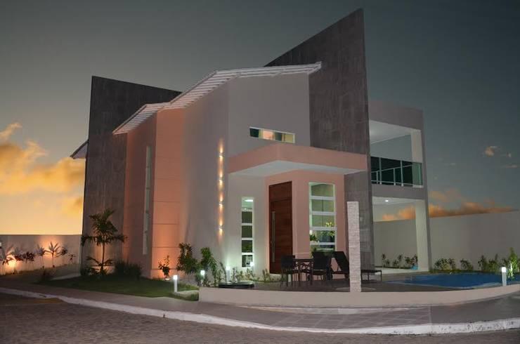 Дома в . Автор – Cris Nunes Arquiteta, Классический