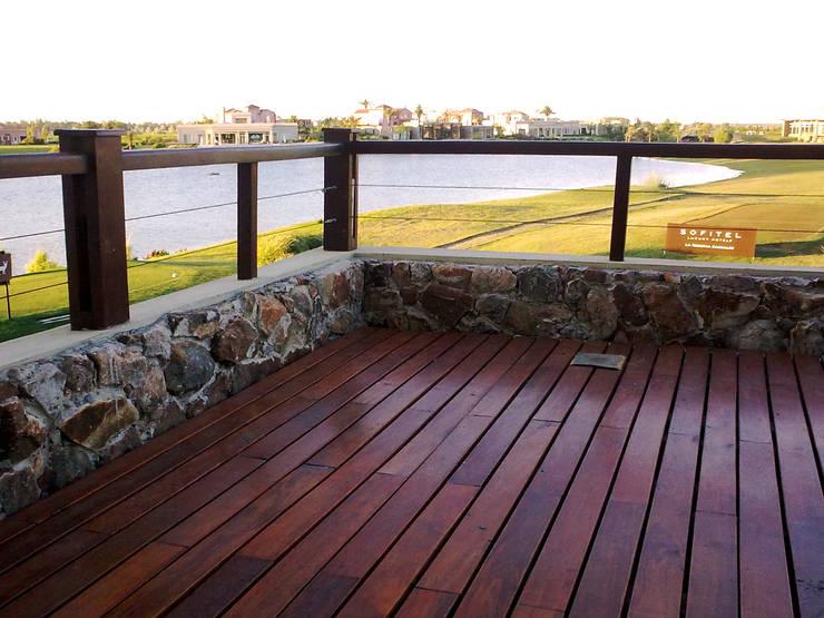 Decks de Madera. Lapacho y Curupay : Jardines de estilo  por VIER ABINET S.A. Pisos & Decks