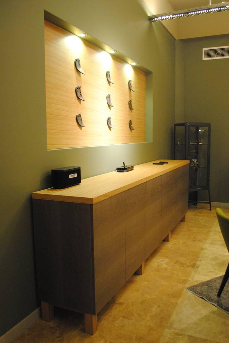 Ziynet Mobilya Dekorasyon San. Tic. Ltd. Şti. – Ofis dolabı ve pano:  tarz Ofis Alanları & Mağazalar