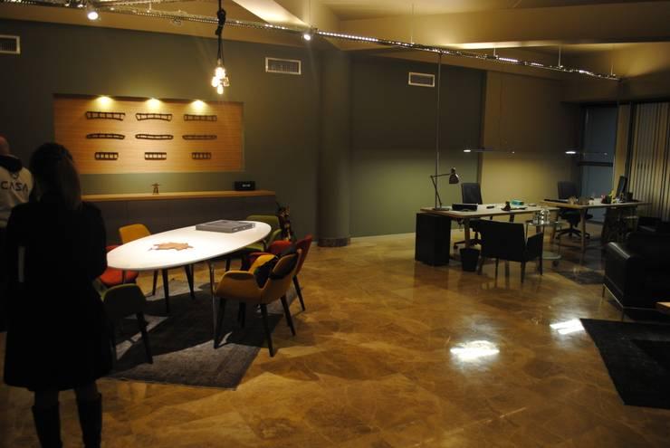 Ziynet Mobilya Dekorasyon San. Tic. Ltd. Şti. – ofis genel görünüm:  tarz Ofis Alanları & Mağazalar