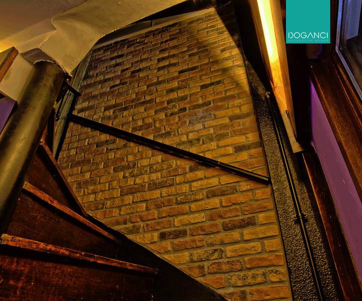 Doğancı Dış Ticaret Ltd. Şti. – Zurich Pub:  tarz , Kırsal/Country Tuğla