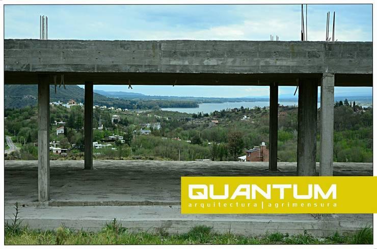 Vivienda Unifamiliar – Los Molinos: Casas de estilo  por Betiana Denardi | Arquitecta,