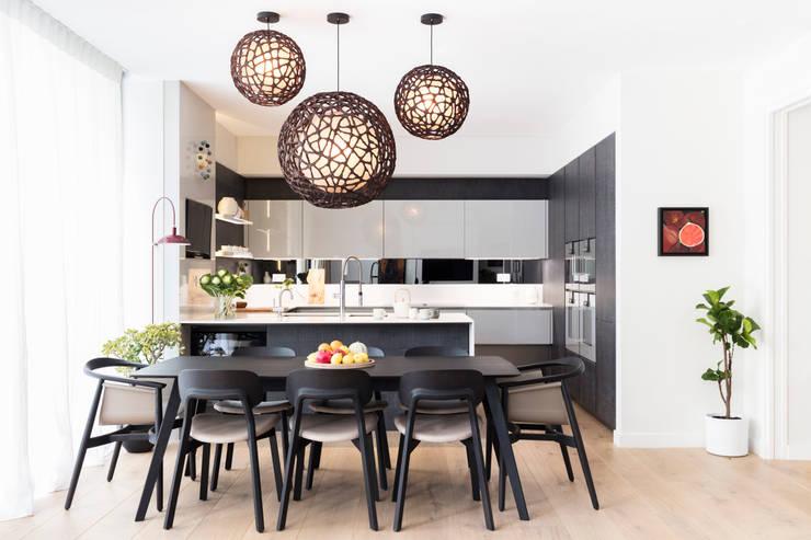 Dining room تنفيذ Black and Milk | Interior Design | London