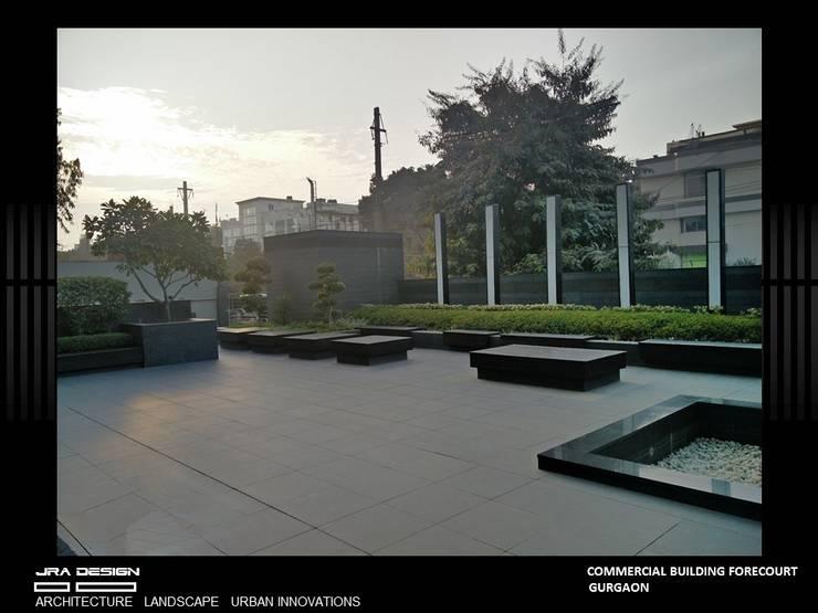 Commercial Building, Udyog Vihar:  Houses by JRA DESIGN