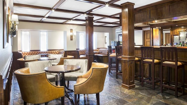 The Falstaff Hotel - Bar :  Bars & clubs by Nowadays Interiors,