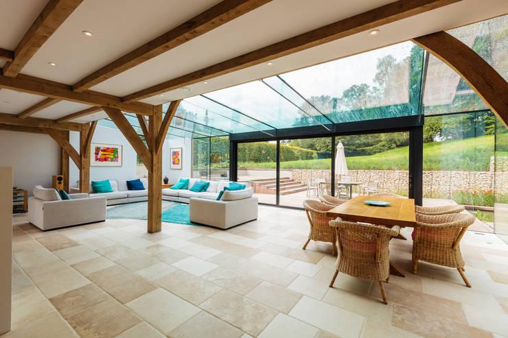 Projekty,  Okna zaprojektowane przez Trombe Ltd