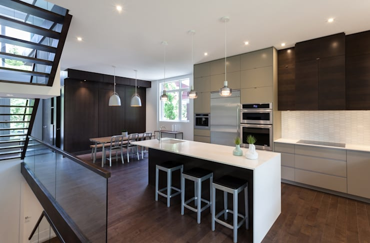 McKellar Park New Home:  Kitchen by Jane Thompson Architect